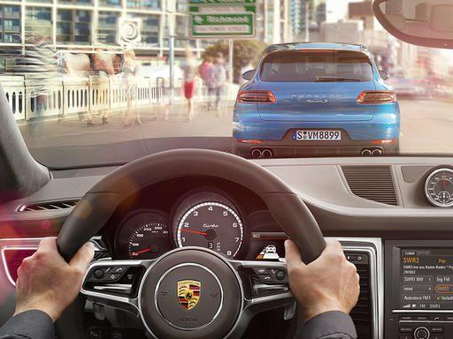 Kiểm soát hành trình chủ động với Hệ thống An Toàn Chủ Động của Porsche (PAS)