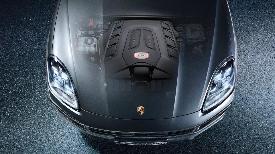 Cayenne Turbo Coupé mới